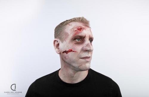 Zombie make-up
